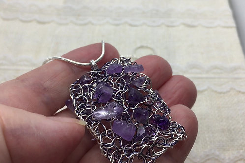 knitted Amethyst pendant