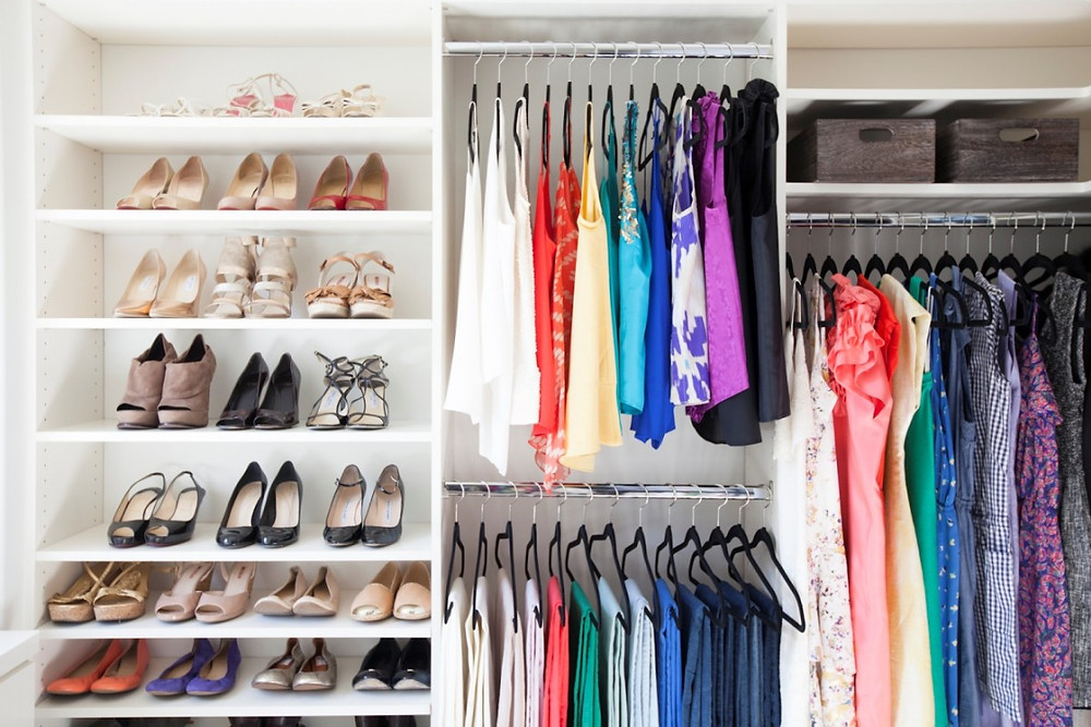 Book your wardrobe management with us