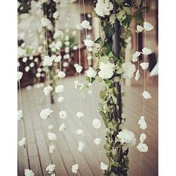 Une pluie de #fleur pour une Deco en #poesie