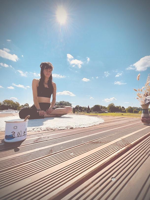 Miriam Yoga-rooftop_edited.jpg