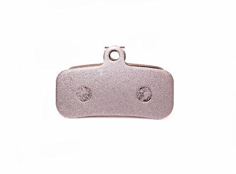 Shimano Saint, TRP - Aluminium backed semi-metallic pads