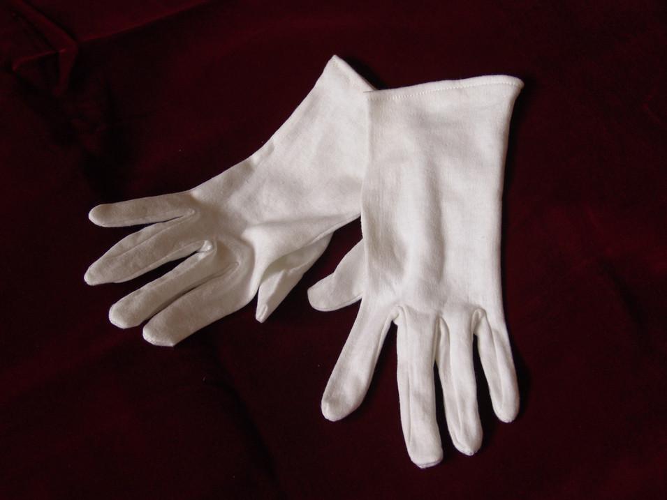 gants en coton blanc