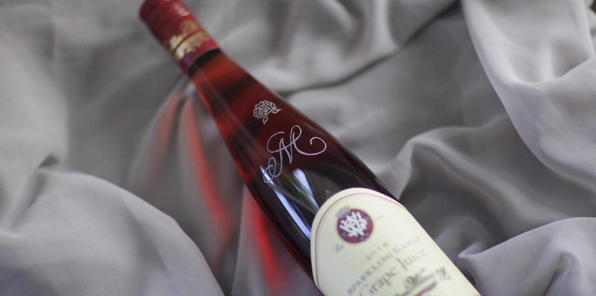 vsattui-wine-bottle-engraving.jpeg