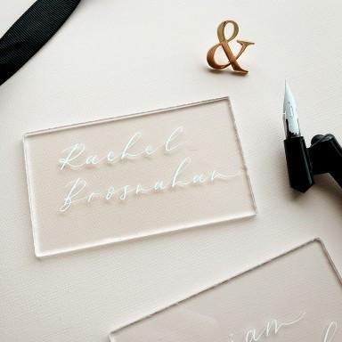 acrylic-place-card-rachel-brosnahan-wedd