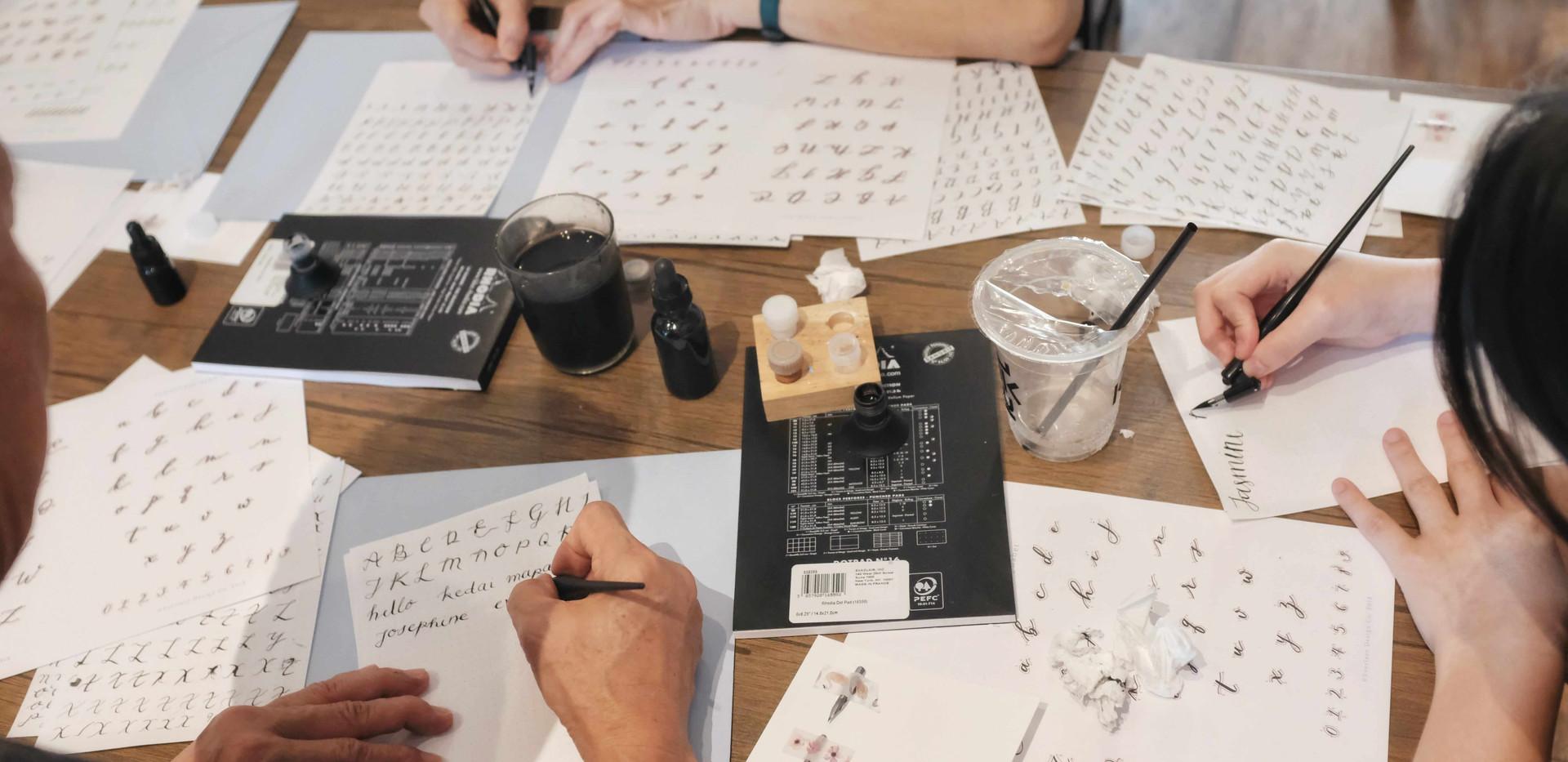 jakarta-calligraphy-class-everlacedesign
