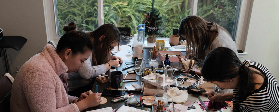 calligraphy-on-different-surfaces-workshop.JPG