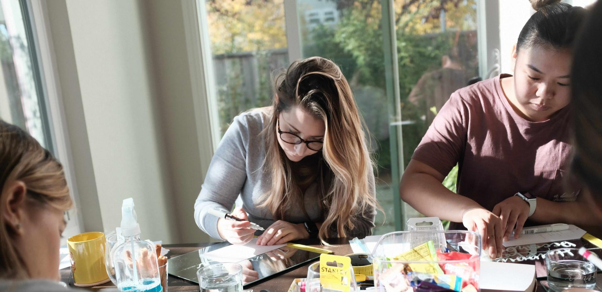 lettering-on-mirror-workshop