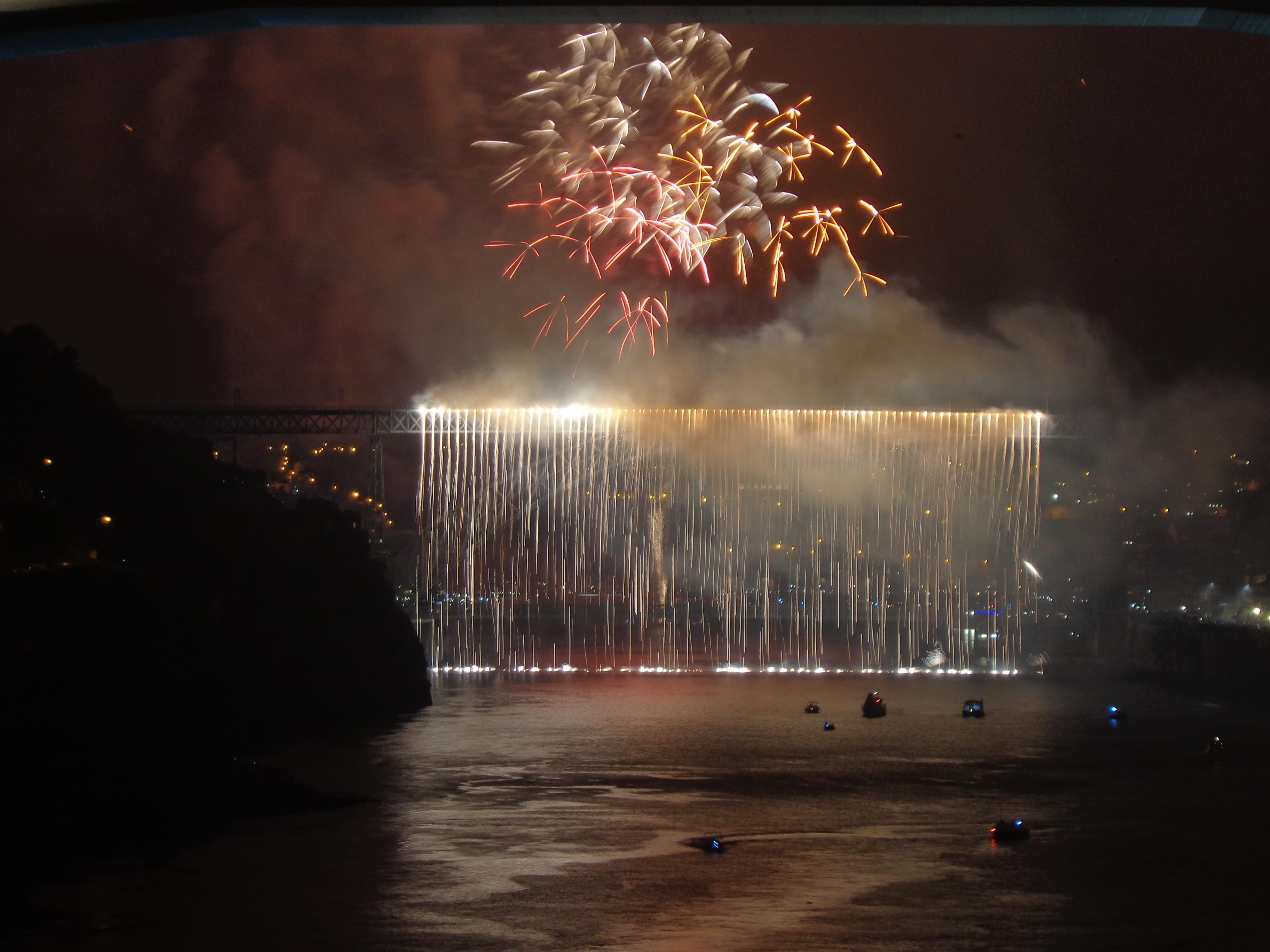 Saint John's Firework Cruise *price pp