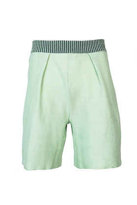 Simple Pleat Shorts