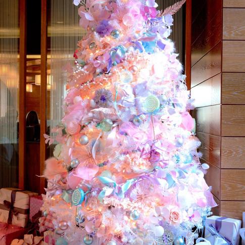 Pastel feather christmas tree