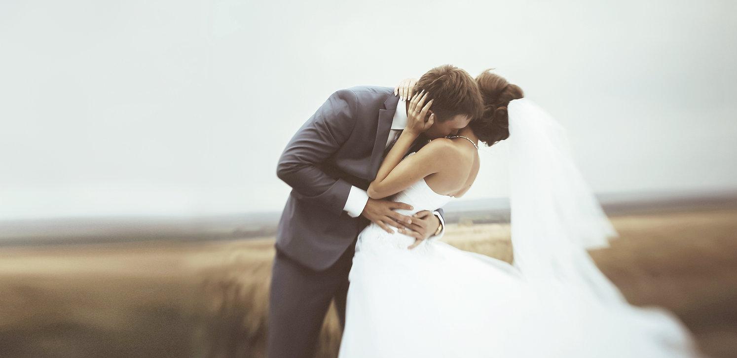 Abrazo de boda