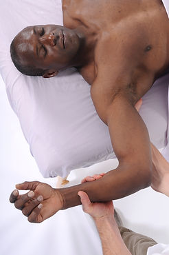 Sensitive Skin Facial, Ethnic skincare treatments, and all skin types at Boston Facial Spa. Dark Marks, hyperpigmentation, dry skin, black skin, asian skin, latino skin, and african-american skin are treated C.Spa-Boston. Men Skincare services, and women skincare. Mature skin, Age Management, and sagging skin benefit from facial at C.Spa-Boston Back Bay's Spa