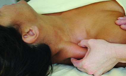 Advance Custom Massage, Deep Tissue Massage, Myofascial Therapy improve posture, structural alignment, and flexibility. Relax tight muscles using fascial unwinding. Back Bay Spa offers a medical massage approach to isolate tension and release knots. Massage Therapy is good for runners, bikers, foot pain, back pain, shoulder pain, knee pain, athletes, and mature bodies. Book your massage today CSpaBoston.com