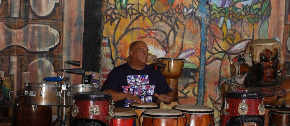 Cuba: Yank Tanks, Salsa, Music, and Art in a Vibrant Setting