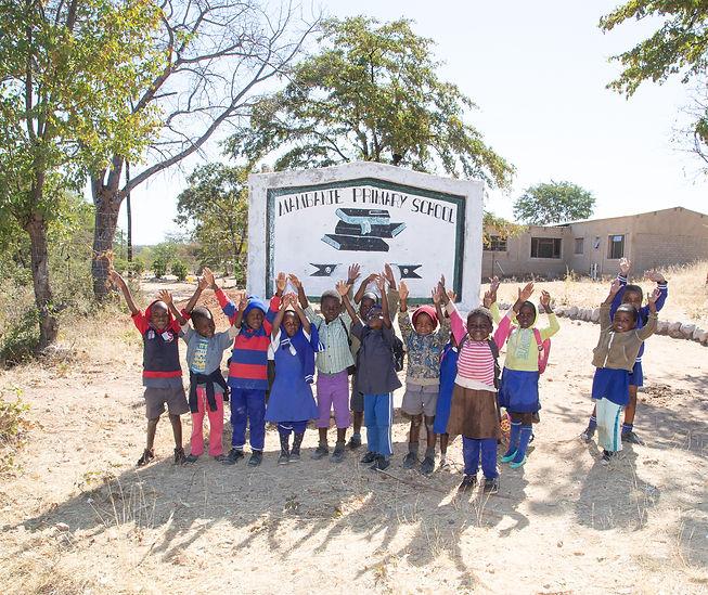 Primaryschool_Zimbabawe_0409.jpg