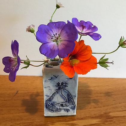 Small square Colmers Hill  Ceramic pot.