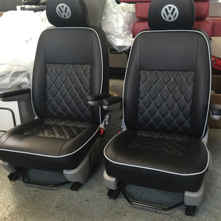 VW T5 Captain Seats