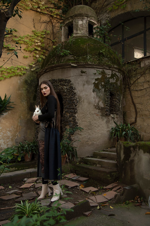 photo Francesco Lembo new collection - Elio Illiano model - Nia Tsiklauri1 & Vittoria Grimaldi mua - Lisap.mua jewels - Francesco Tramontano