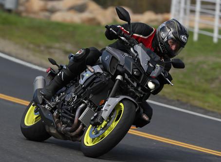 ¿Cómo elegir las gomas adecuadas para su motora?