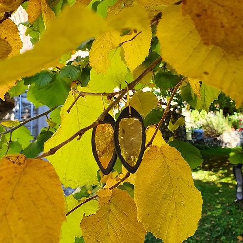 Black stoneware earring, leaves, big size