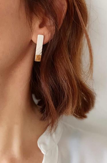 Erificio stud earrings