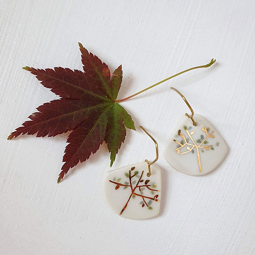 Porcelain earrings with tree