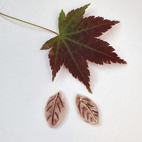 Mauve porcelain stud earring leaves, small size