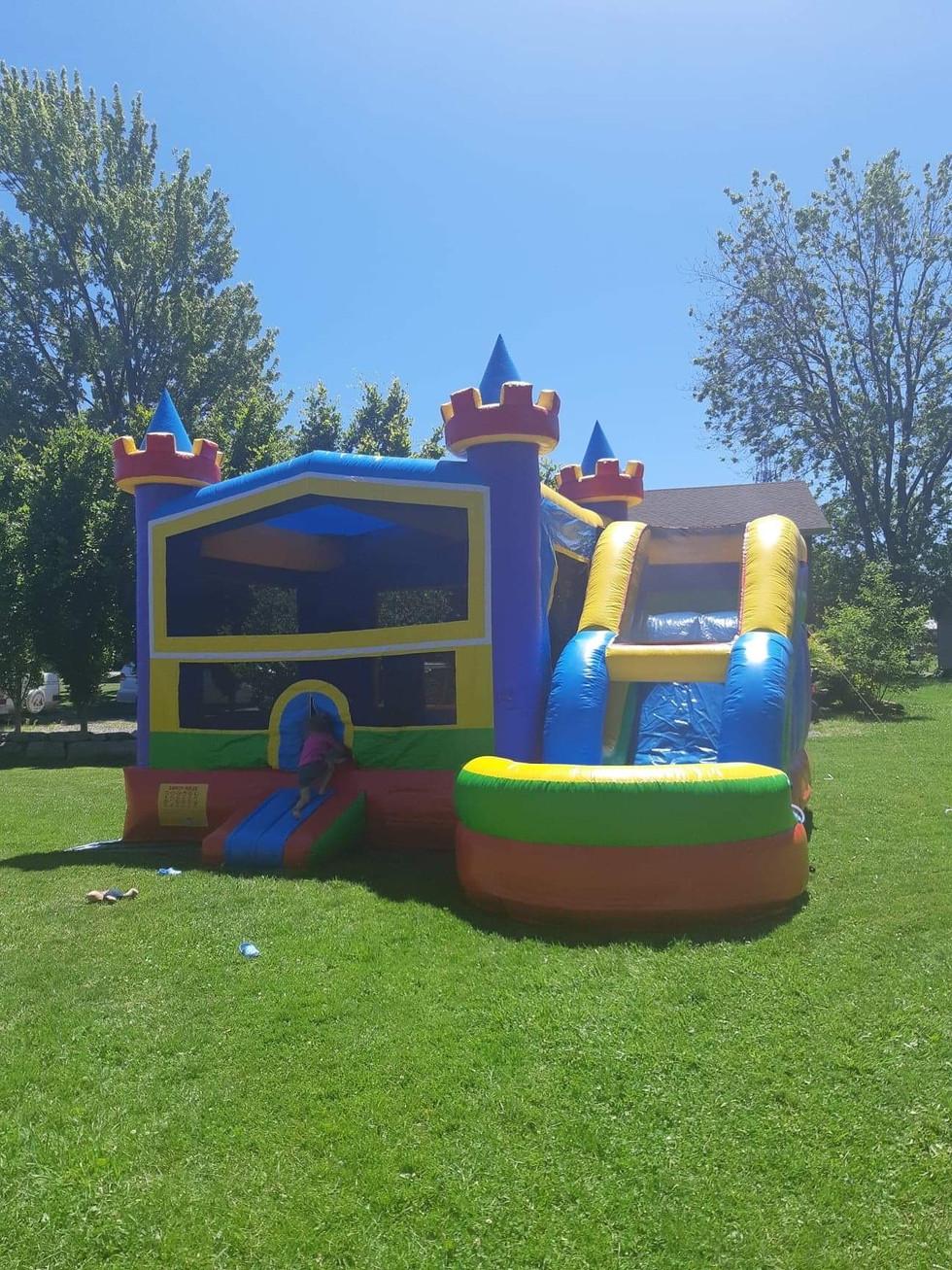 wet & dry bounce castle