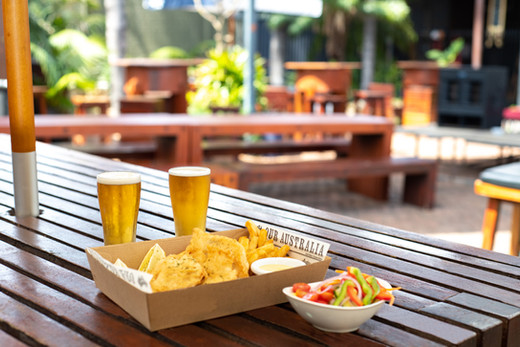 Kalgoorlie-Hotel-Beer-Battered-or-Grille