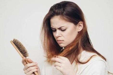 تقوية الشعر بالحليب ومنع تساقطة