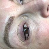 Eyeliner 10.png