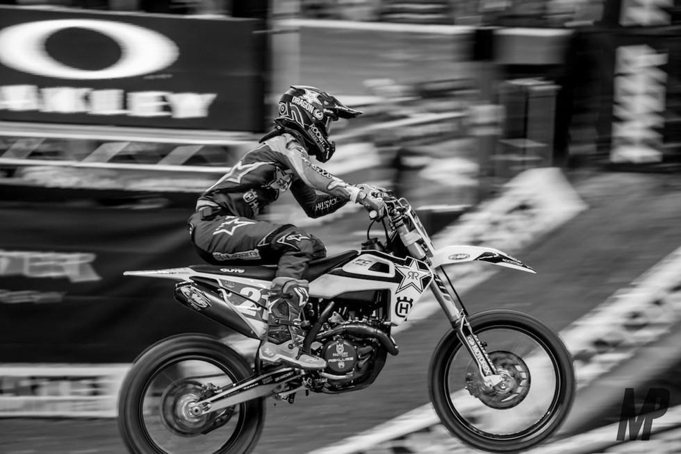 18 Indy SX/