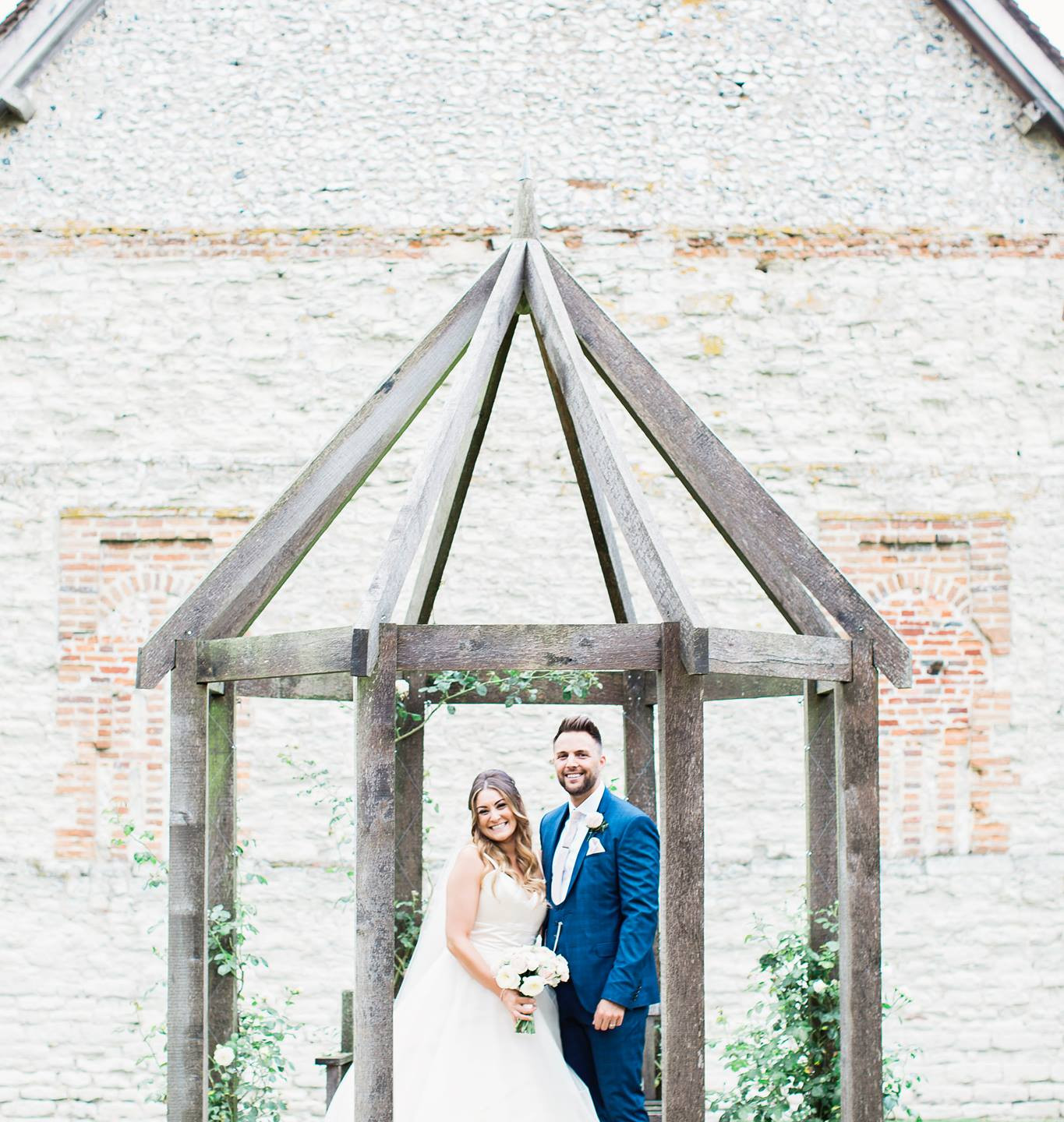 Hampshire Bride and Groom