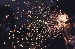 sparks-692122_640