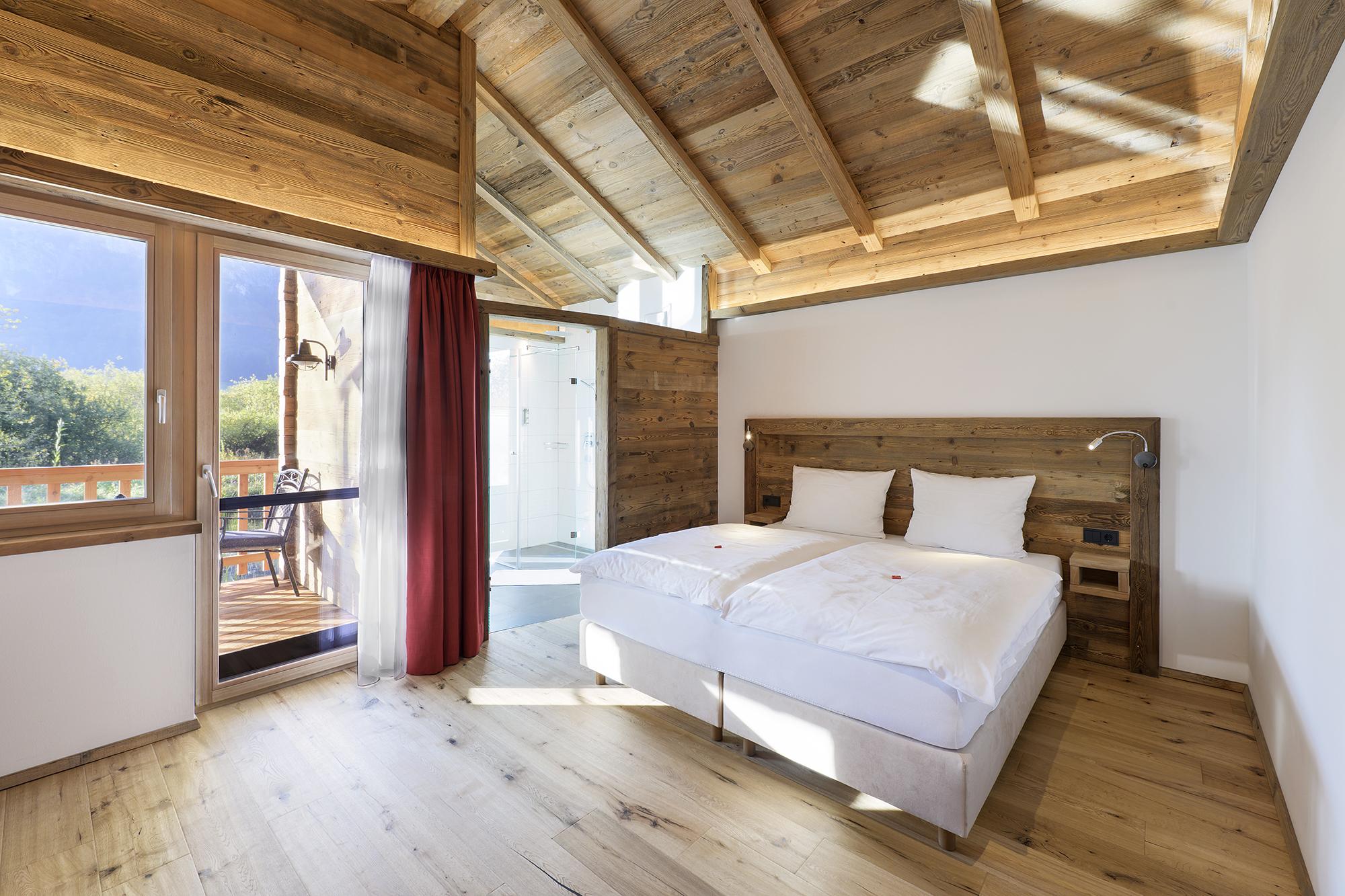 Doppelzimmer im Pfahlbauchalet