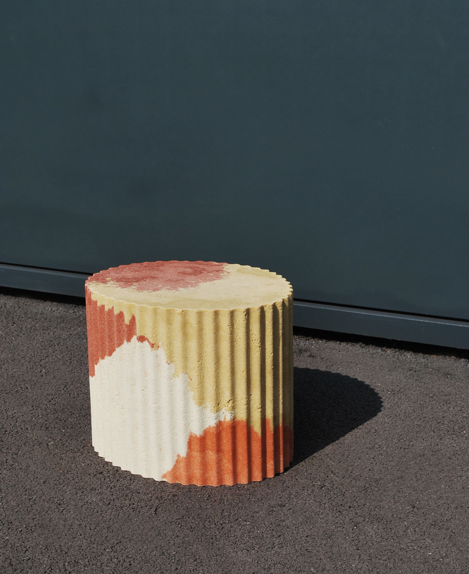 Corrugated table 04_3.jpg