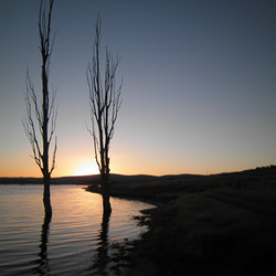 Pretty sunset at Lake Eucumbene.JPG