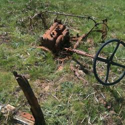 Old vehicle left at Lake Eucumbene.JPG