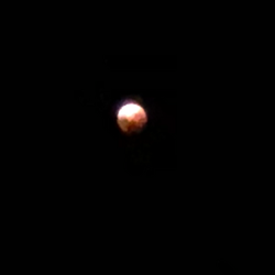 Blood moon over Lake Eucumbene - January