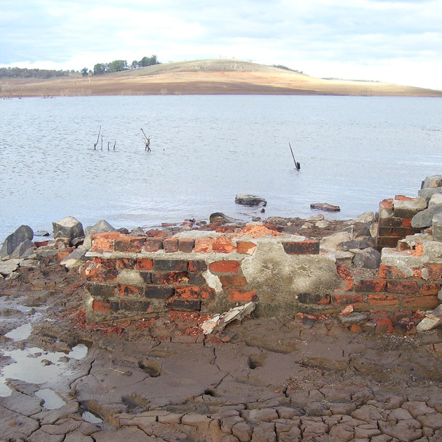 House Ruins in July 2007 - Lake Eucumben
