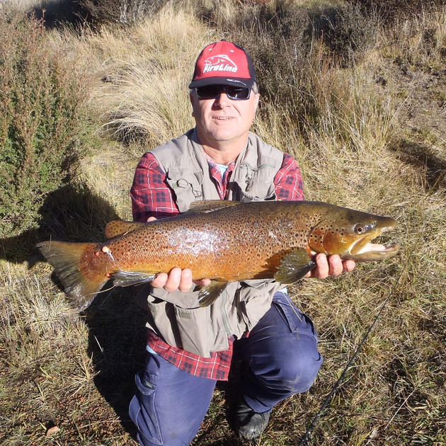 Laurie Owens - Eucumbene River May 2015