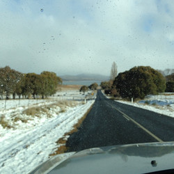 Road to Old Adaminaby in snow.jpg