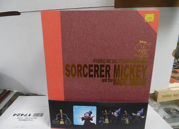 Sorcerer mickey and magic broom hybrid metal figuration #009