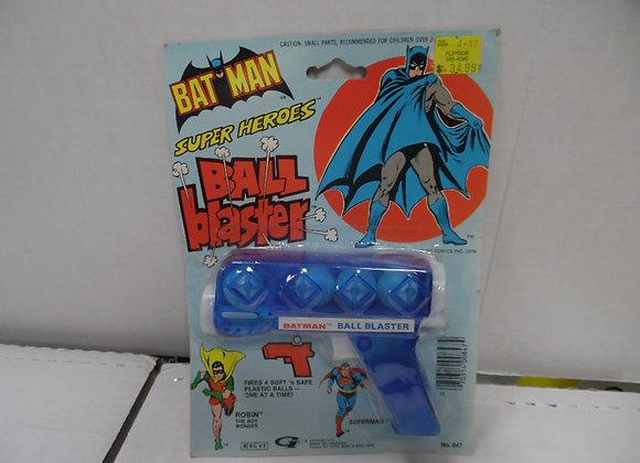 BATMAN Super Heroes Ball Blaster1978  Gordy International Toys