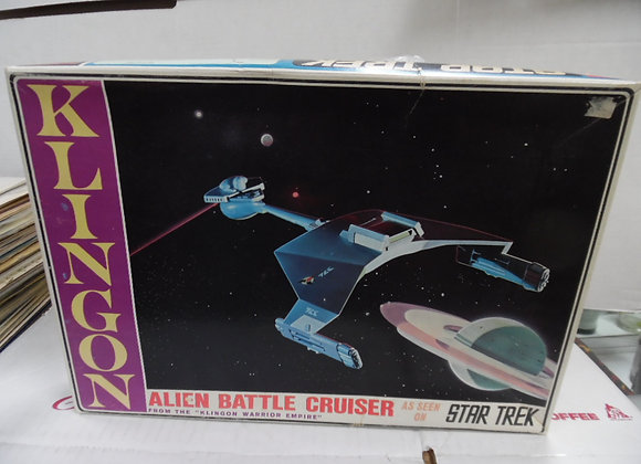 new in box. STAR TREK KLINGON ALIEN BATTLE CRUISER MODEL KIT. AMT