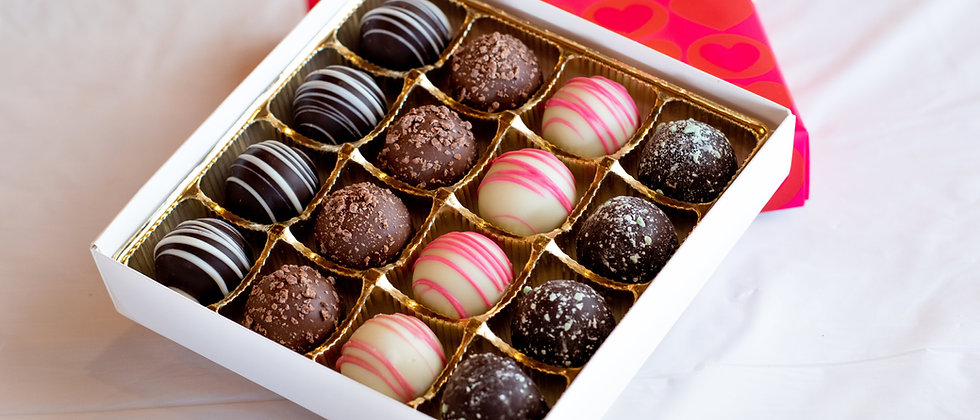 16 Piece Chocolate Truffle Box