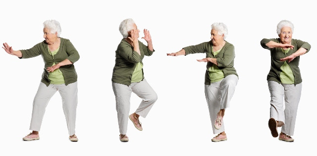 Lady-doing-tai-chi-moves-640x316.jpg