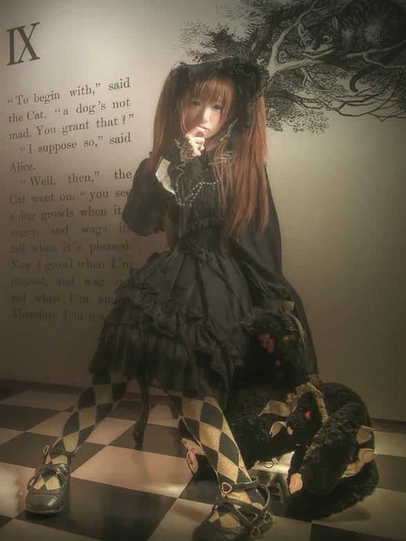 model:椎名ひかり