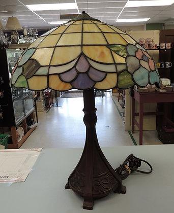 "22"" Tiffany Style Table Lamp"