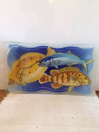 Glass Platter, Fishes in water
